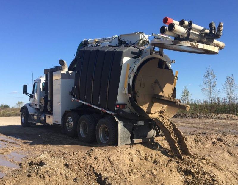 mud dog 1200 eject unloading